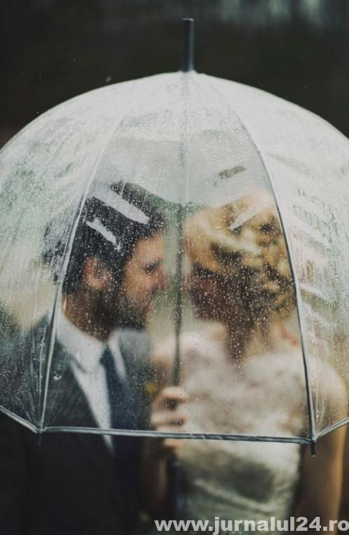 cool-ideas-for-a-rainy-day-wedding