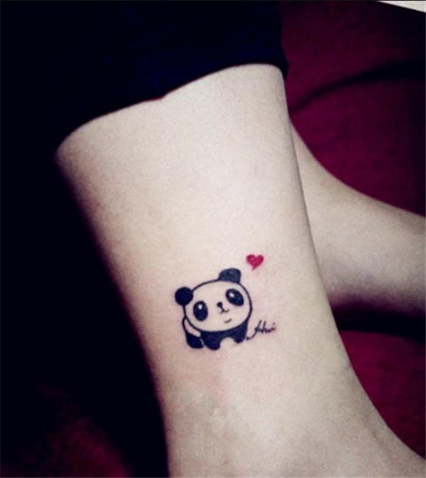 tatuaj femeie animal