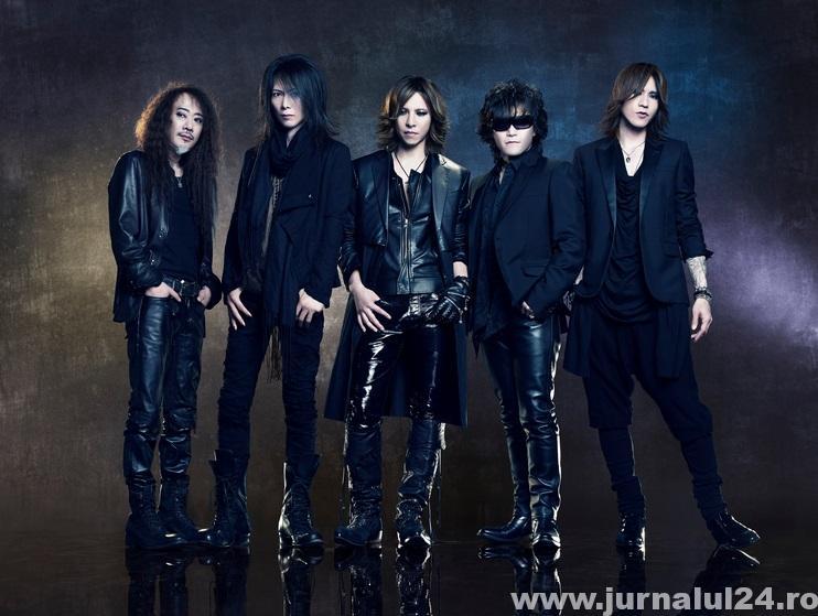 X JAPAN , pionierii visual kei-ului in forma actuala a trupei .