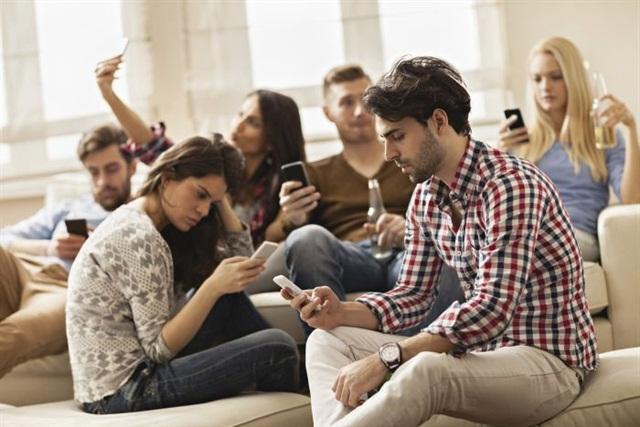 dependenti de telefoane inteligente